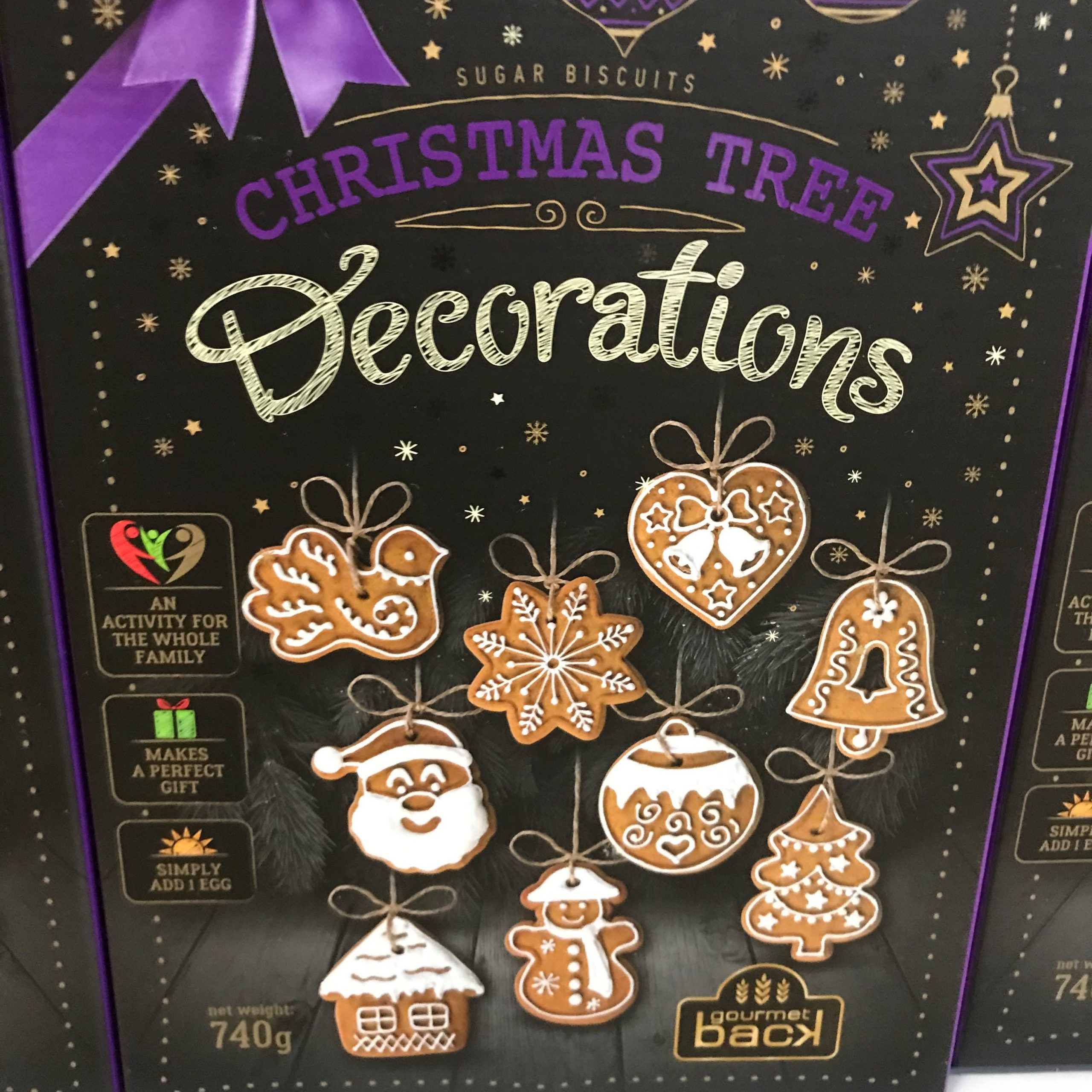 Treat Kitchen Make Your Own Gingerbread Christmas Tree Decorations Kit 740g Farmers Fayre